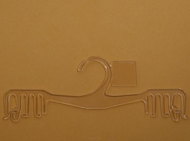 Wieszak 01-253-22L z plakietką na logo 22cm